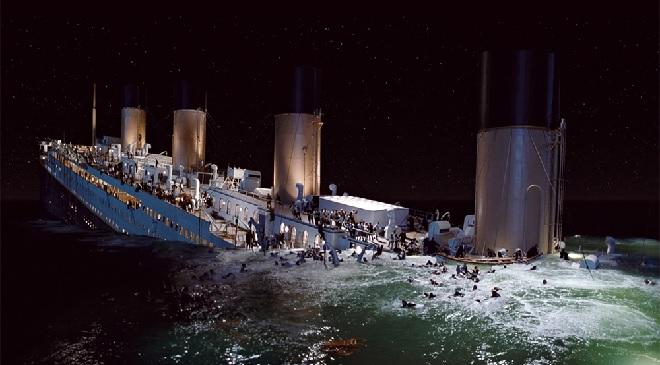 titanic-drowning-inmarathi
