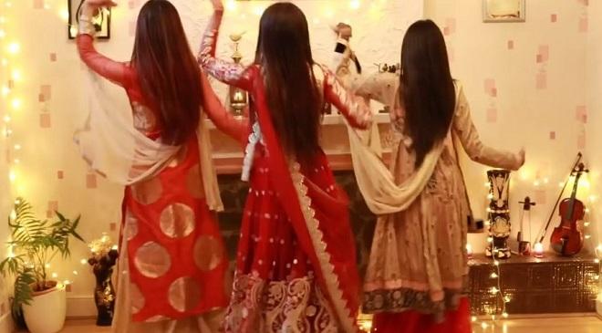 3 girls Inmarathi