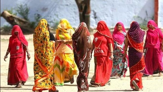 ghoonghat tradition inmarathi1
