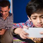 """स्क्रीनचा वापर – मुलांना वाढवण्याबाबत """"गोंधळलेल्या"""" पालकांनी हे वाचायलाच हवं!"""