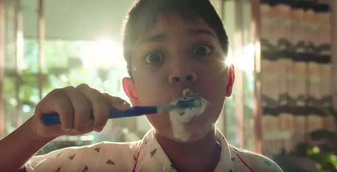 indian boy brushing inmarathi