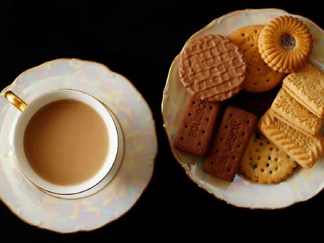 biscuit-tea-inmarathi