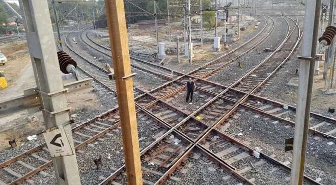 diamond crossing inmarathi
