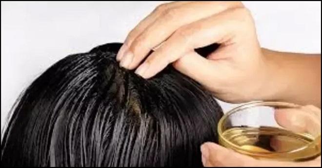 oiling hair inmarathi3