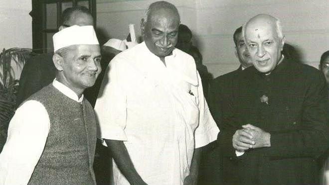 kamraj with leaders inmarathi