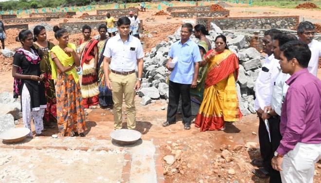 ias officer helps inmarathi