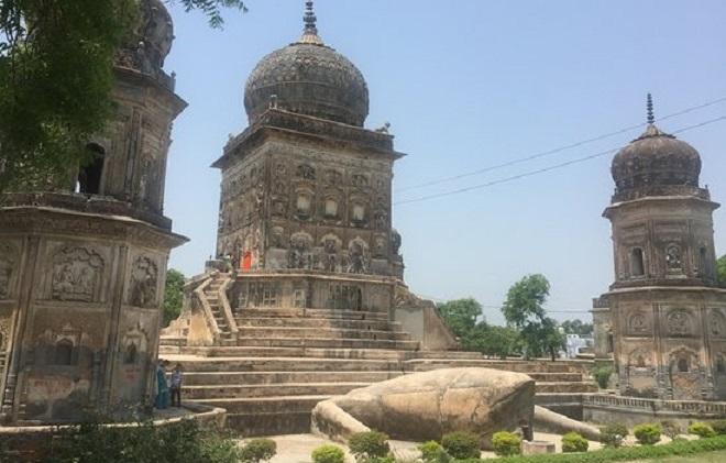 frog temple inmarathi2