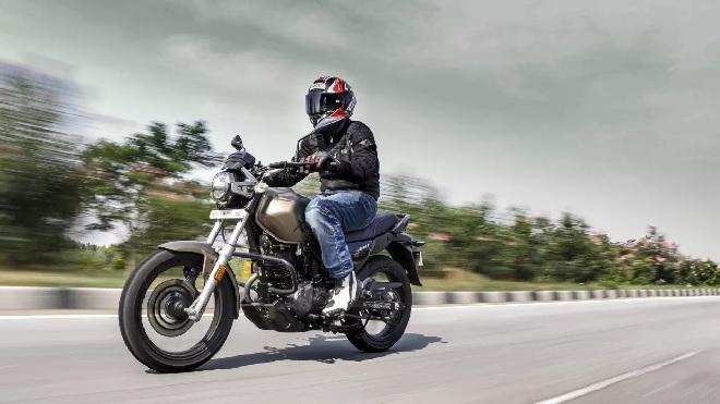 bike-on-road-inmarathi