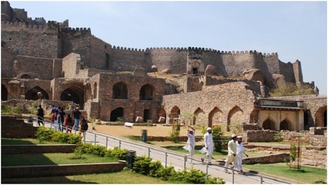 golconda fort inmarathi