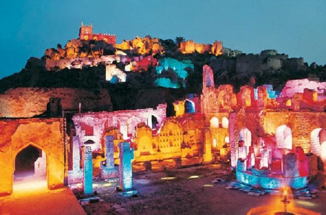 golconda fort inmarathi3