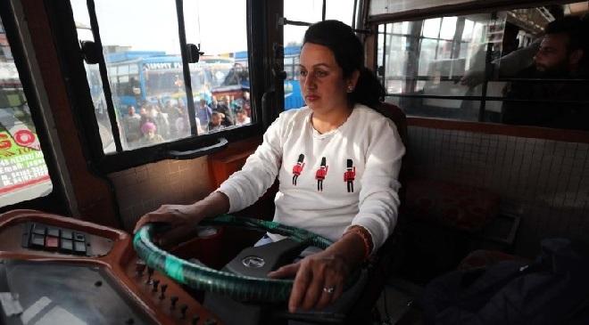 pooja-devi-bus-driver-inmarathi
