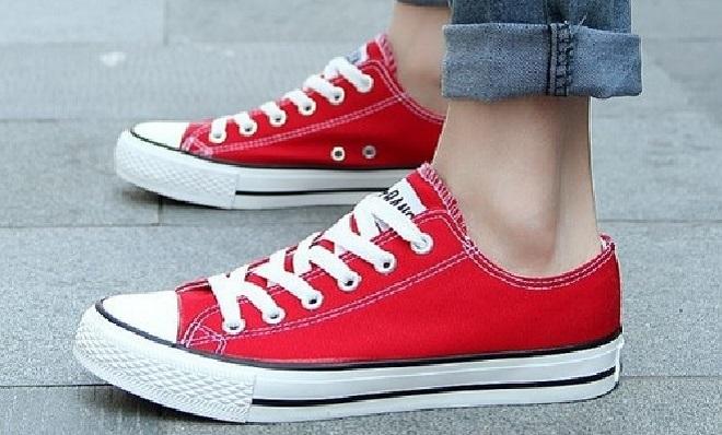 canvas-shoes-inmarathi
