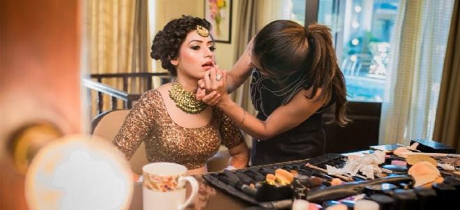 make-up-artist-inmarathi