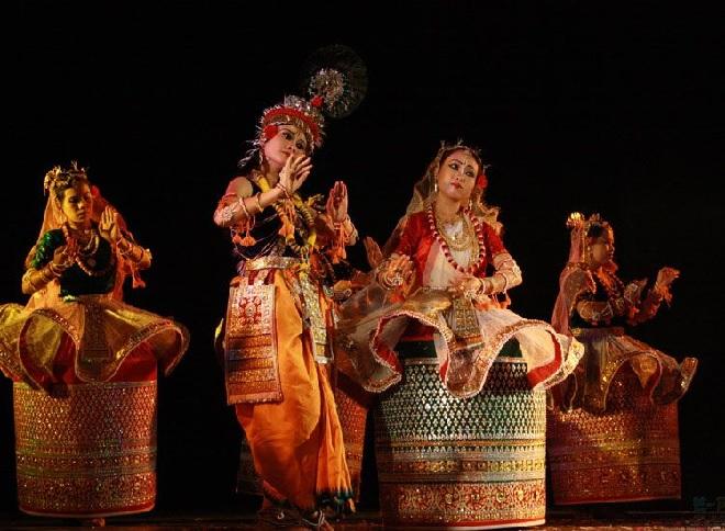 dance inmarathi