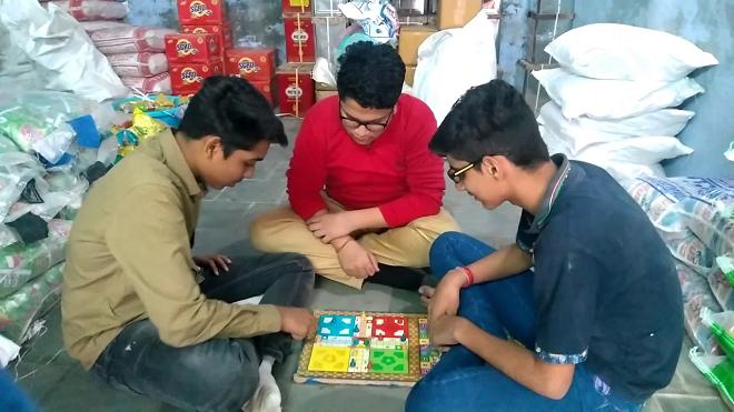 playing ludo inmarathi