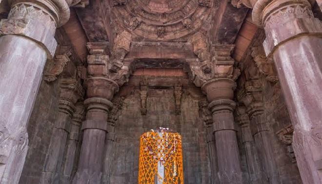 four pillars bhojeshwar temple inmarathi