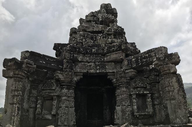 hemadpanthi temple inmarathi