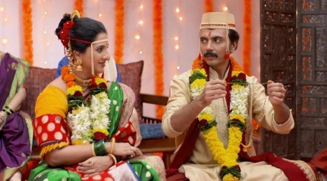 mahila 1 feature inmarathi
