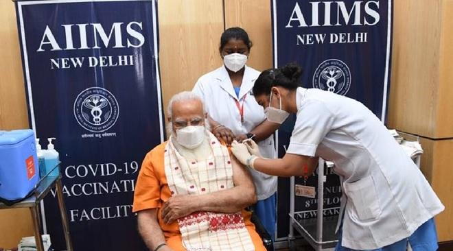 modi vaccination inmarathi