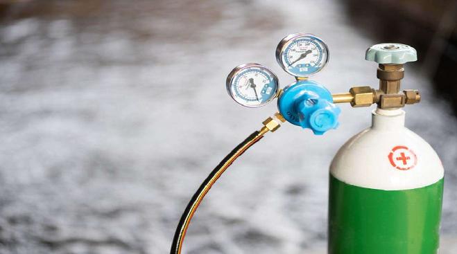 oxygen cyliender in marathi