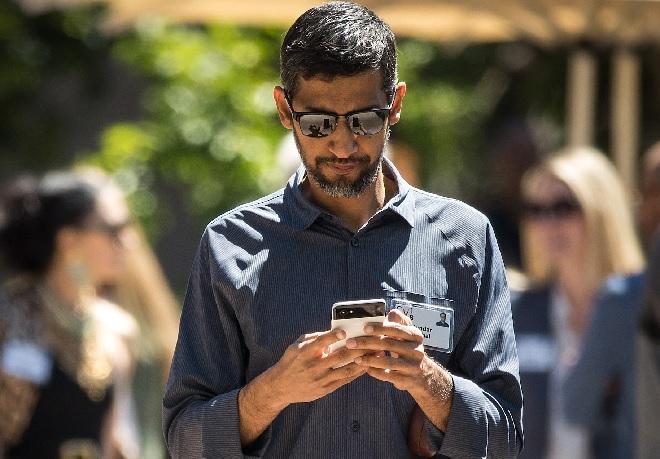 sundar pichai using phone inmarathi