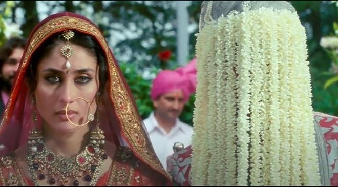 3 idiots kareena kapoor wedding scene inmarathi