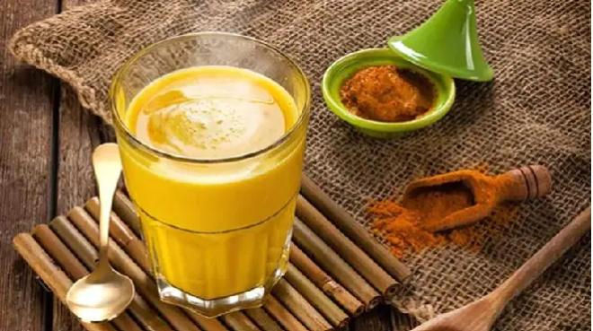 golden milk in marathi