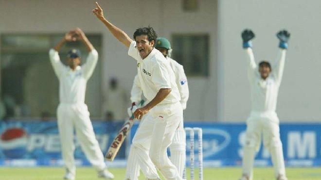irfan pathan bowling inmarathi