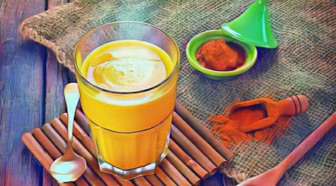 turmeric milk inmarathi