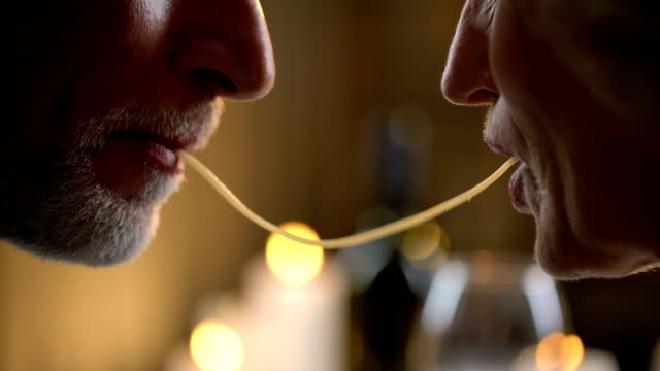 kiss 1 inmarathi