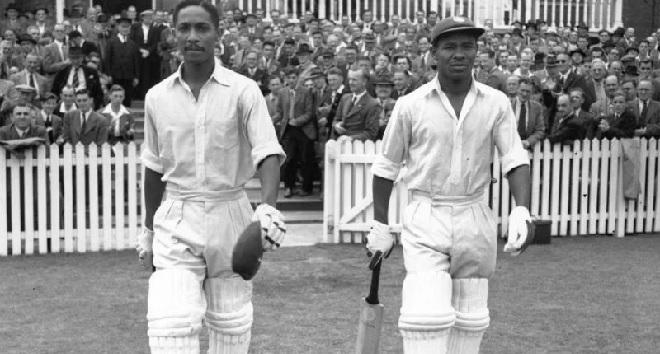 frank worrell batting inmarathi