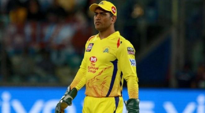 dhoni ipl captain inmarathi
