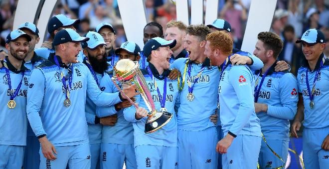 england team inmarathi