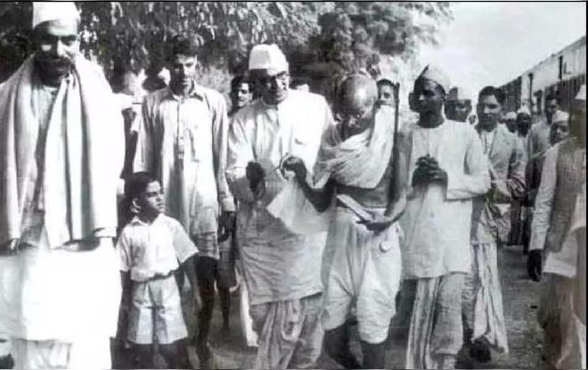 quit india movement inmarathi